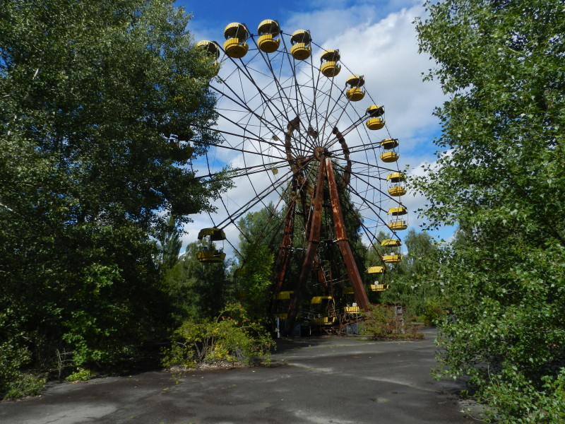 Ferris Wheel was to Open on 5/1/1986
