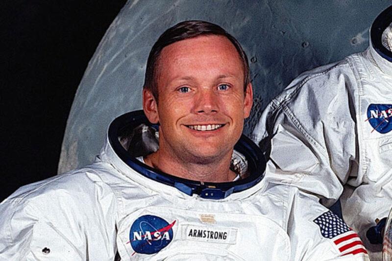 Neil Armstrong, Moon BG